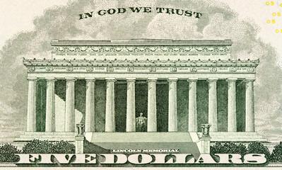 Lincoln memorial on paper five dollars bill