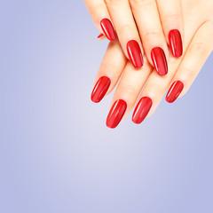 Wall Mural - Schöne rote Nägel