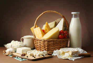 Fotobehang Zuivelproducten Basket with tasty dairy products