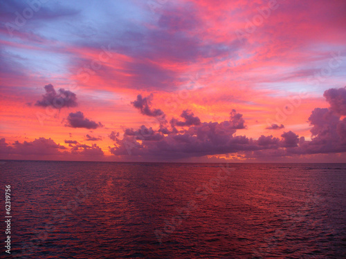 Wall mural Pacific Ocean Sunset Australia