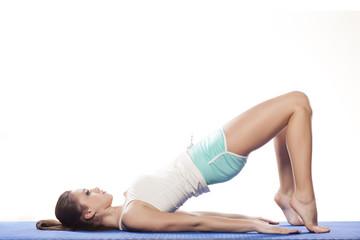young-nude-girl-gymnastik