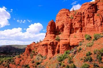 Fototapete - Scenic red cliffs at Sedona, Arizona, USA