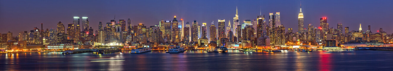 Aluminium Prints New York Manhattan at night