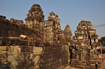 Temple Phnom Bakheng in Angkor, Cambodia