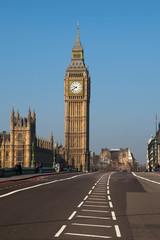Fond de hotte en verre imprimé Londres bus rouge Westminster bridge in London, United Kingdom.