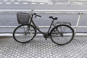 Bicycle parked in the city