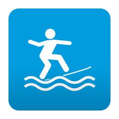 Etiqueta tipo app azul simbolo surfista