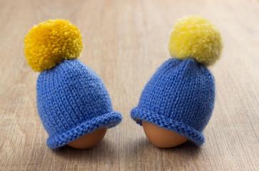 hat for egg