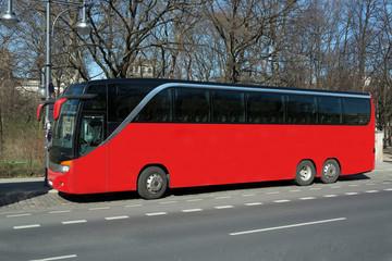 Roter Reisebus