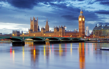 Zelfklevend Fotobehang London London - Big ben and houses of parliament, UK
