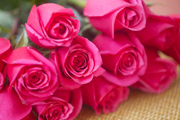 beautiful bouquet of pink roses