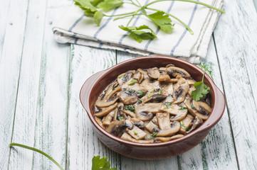 Garlic mushrooms series 04
