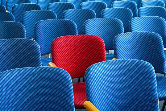 Roter Sitz sticht hervor