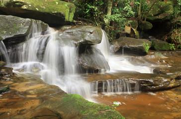 Fotobehang - Nature Waterfall - Somersby Falls Australia