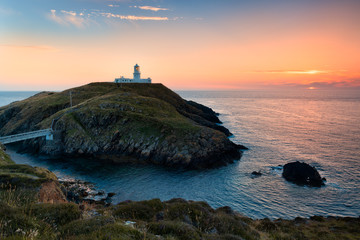 Photo sur Aluminium Phare Strumble Head Lighthouse, Wales