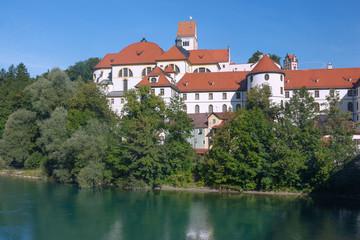 Wall Mural - Allgäu, Füssen, Hohes Schloss, Kloster St. Mang, Lech, Blick v