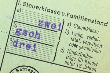 Steuerklassenangabe auf alter deutscher Lohnsteuerkarte