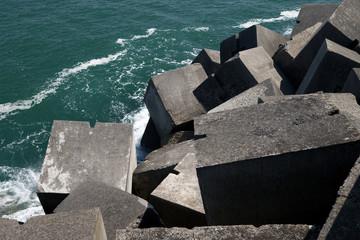 Blocks heap in a port
