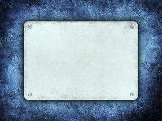 Plate with space for text on grunge background