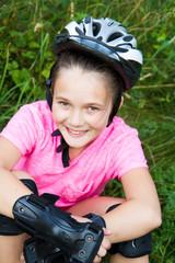 Bambina con rollerblade