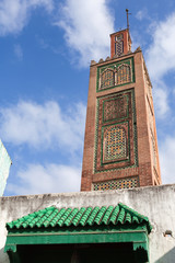 Fototapete - Ancient mosque in Medina. Old part of Tangier town, Morocco