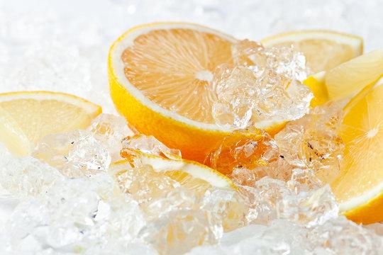 lemon with ice