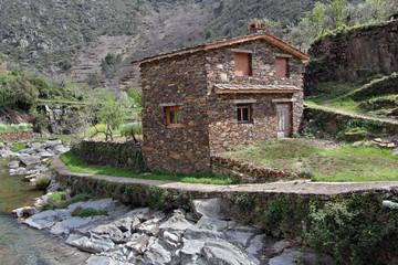 Wall Mural - Casa rural de Fragosa, Hurdes, España