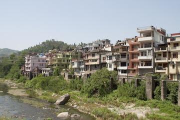 Жилой квартал в городе Манди. Северная Индия