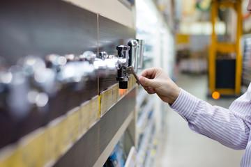 diy shopping centre shelf display plumbing taps for water