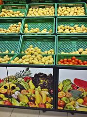 Patatas en un supermercado