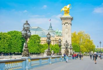 Pont Alexandre-III à Paris en France Fototapete