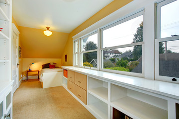 Bedroom with storage combination