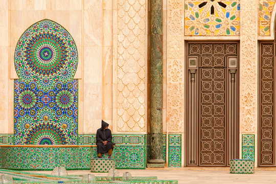 Casablanca, Morocco: Ornate exterior brass door of Hassan II Mos