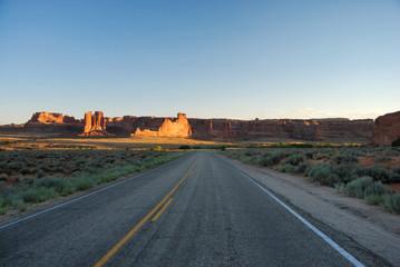 Route dans le Arches National Park