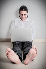 barefoot typing
