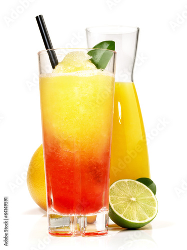 zweifarbiger margarita cocktail mit orangensaft stockfotos und lizenzfreie bilder auf fotolia. Black Bedroom Furniture Sets. Home Design Ideas