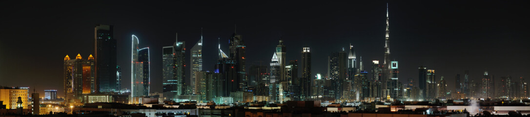 Foto auf Gartenposter Dubai Dubai. World Trade center and Burj Khalifa at night