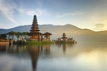 Poster Indonesia Ulun Danu temple on Bratan lake, Bali, Indonesia