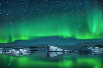 Icebergs under Northern Lights