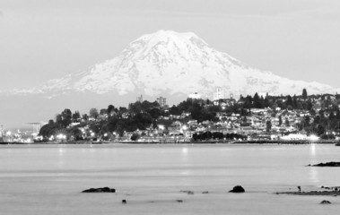 Mt Rainier Sunset Cascade Range Puget Sound North Tacoma