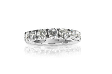 Beautiful Diamond Wedding Anniversary Band Ring