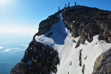 Wall Mural - zirvedeki dağcılar