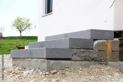hausbau treppenstufen setzen iii stockfotos und lizenzfreie bilder auf bild 64290769. Black Bedroom Furniture Sets. Home Design Ideas