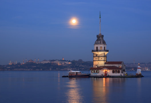 Maiden's Tower in Istanbul