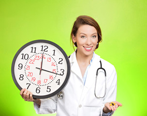 Time for your meds, doctor reminds to take pills on time