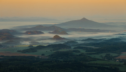 morning inverse landscape