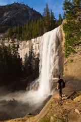 Fototapete - Vernal Fall, Yosemite, USA