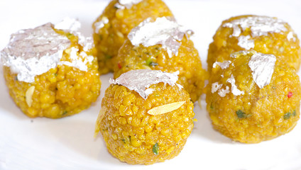 Delicious Indian Sweets, Laddu