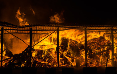 Fototapete - Fire at the warehouse