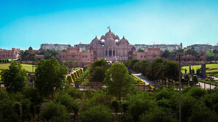Photo sur Aluminium Delhi The beautiful temple in Hindu style (Akshardham, Delhi, India)